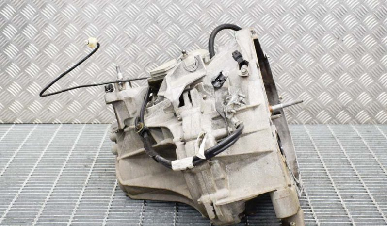 Dacia Duster manual gearbox TL4B043 1.5 L 79kW full