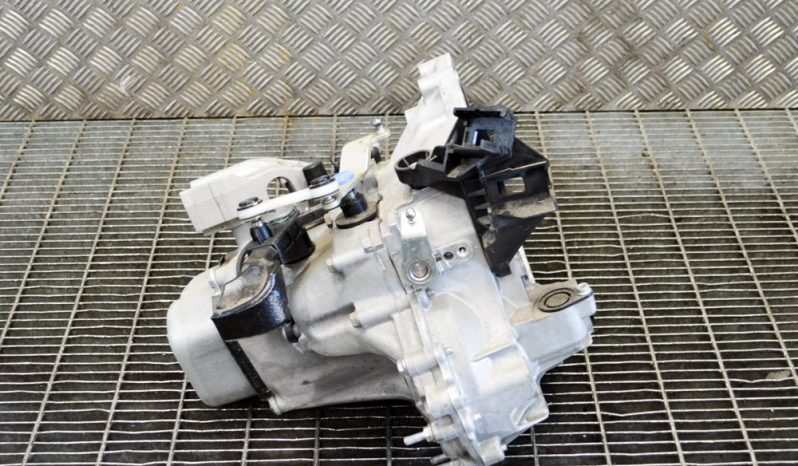 Opel Crossland X manual gearbox 20A705 1.2 L 96kW full