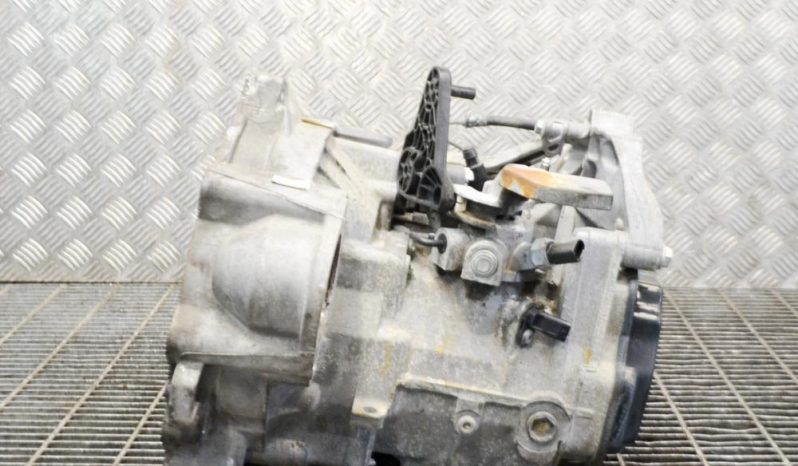 VW Golf VI manual gearbox LUB 1.6 L 77kW full