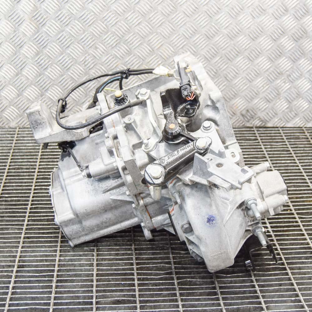 Peugeot 308 SW II manual gearbox 9811243810 1.2 L 96kW ...